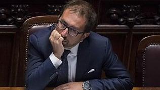 """Legittima difesa, M5S frena: """"Necessaria una adeguata valutazione"""". Il ministro Bonafede: """"No alla liberalizzazione delle armi"""""""