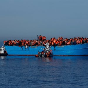 """Migranti, la Cei: """"Non possiamo volgere lo sguardo altrove. No al clima di paura e rifiuto"""""""
