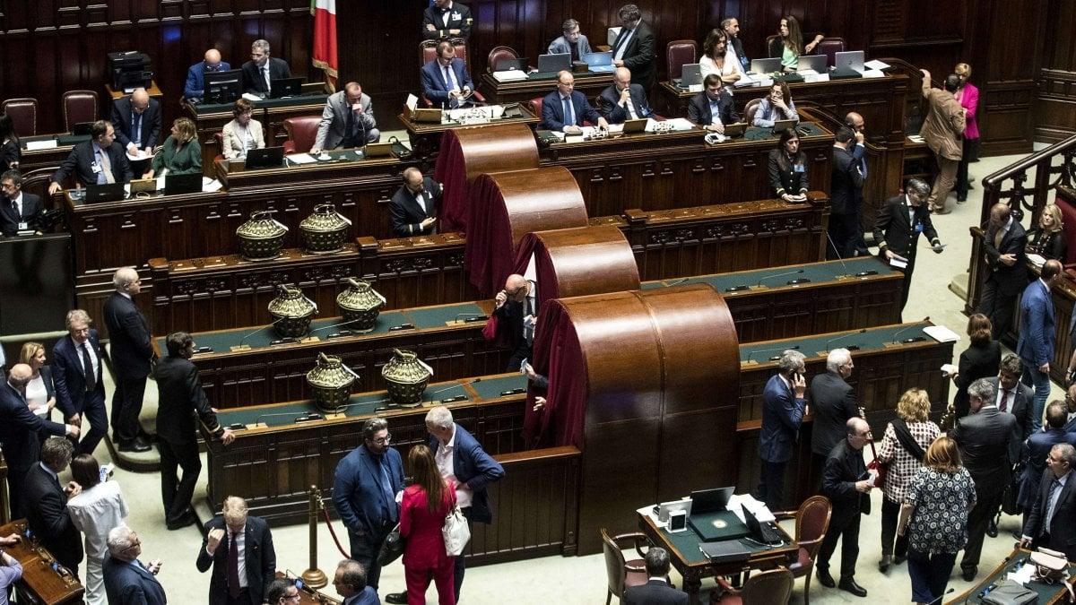 Parlamento eletti gli 8 membri laici del csm scelto for Membri camera dei deputati