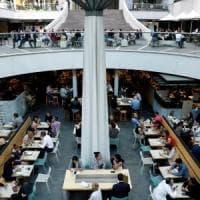Regno Unito, la grande fuga degli studenti: ora preferiscono l'Australia