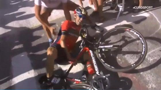 Tour de France, Nibali costretto al ritiro: frattura vertebrale