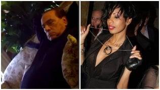 Berlusconi, video inedito con le Olgettine: ''Tutti lavorano grazie a te papi, aiutaci''