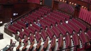 """Ilva, Di Maio: """"Gara ha leso concorrenza, avvio indagine nel ministero""""· Video Ma parla ad un'aula vuota: quasi nessuno di M5s e Lega"""
