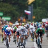 Tour de France, Sagan fa tripletta. Thomas resta in giallo
