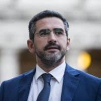 """Fraccaro: """"La democrazia non ha prezzo. Taglio la tassa sui banchetti per raccogliere le..."""