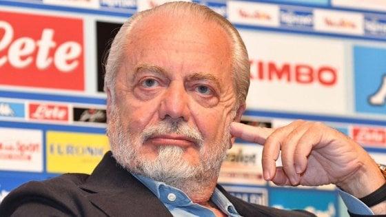 """Napoli, De Laurentiis: """"Cavani è impossibile, il Psg vuole 58 milioni"""""""