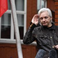 Ecuador pronto a consegnare Assange al governo inglese