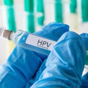 Hpv, il vaccino è sicuro ma poco usato