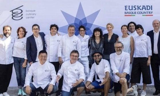 Allo chef australiano Zonfrillo il premio per il miglior progetto sociale: valorizza i prodotti aborigeni