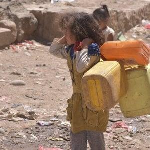 Yemen, più di 5.000 bambini tagliati fuori dall'acqua potabile dopo il 3° attacco allo stesso impianto idrico