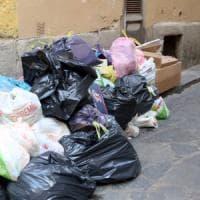 Tassa rifiuti, le inefficienze costano 1 miliardo l'anno a cittadini e imprese