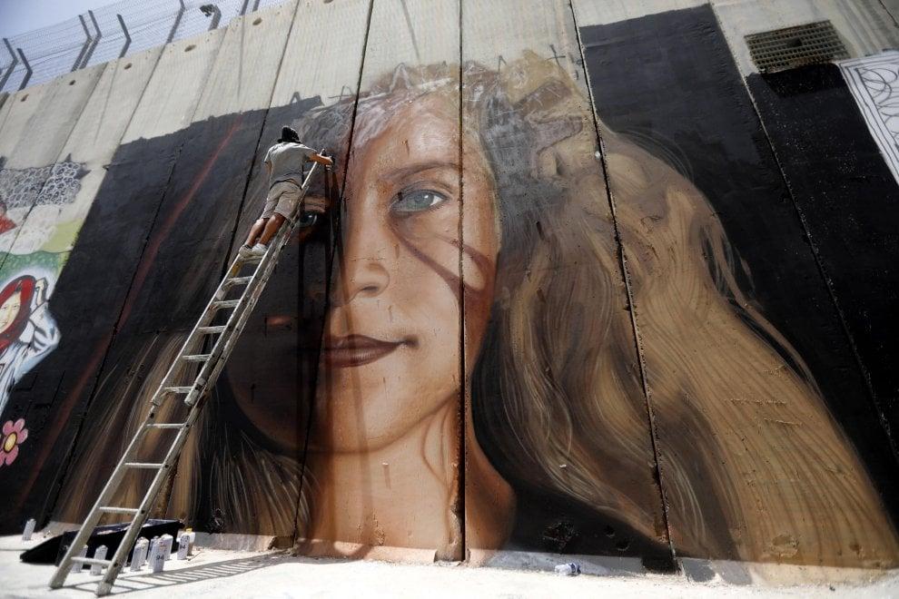 Da Napoli a Betlemme: il murale di Jorit per Ahed Tamimi, la Rosa Parks della Palestina