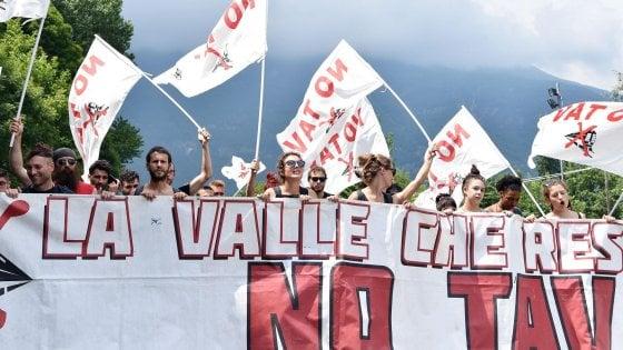 """Referendum sulla Tav, consensi nel centrodestra per la proposta di Chiamparino. Cgil: """"Opera fondamentale"""""""