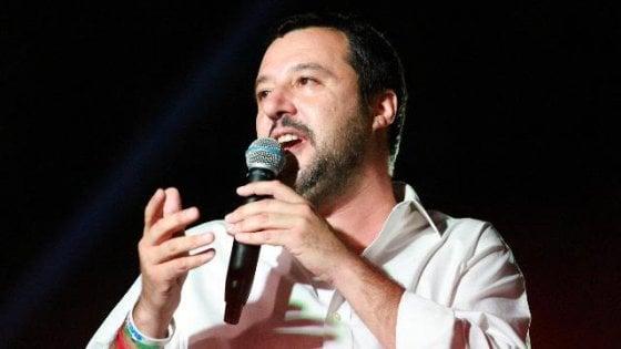 """Salvini: """"L'allarme razzismo è un'invenzione della sinistra"""". E tace sul spari e violenze contro gli immigrati"""