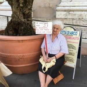"""Arco, la donna che sfida Salvini: """"Io, cristiana, dico sì ai migranti"""""""
