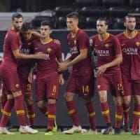 Roma, altra remuntada: Barcellona sconfitto 4-2. Milan ko contro il Tottenham