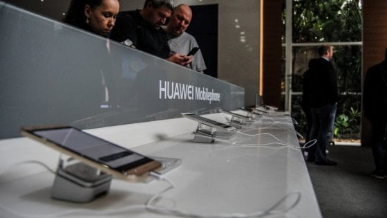 Huawei supera Apple nel mercato smartphone