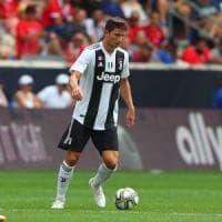 Juventus, tifosi in rivolta per lo scambio Caldara-Bonucci. Ma la plusvalenza fa gola