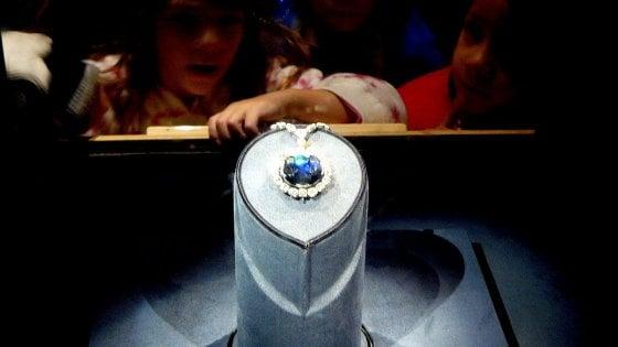 I diamanti blu colorati dagli antichi oceani