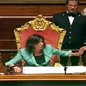 """Senato, giornata di risse: bagarre su Bonafede-Lanzalone e sul caso """"Air force Renzi"""""""