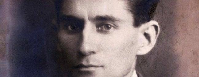 Passeggiando con Borges nel labirinto di Kafka