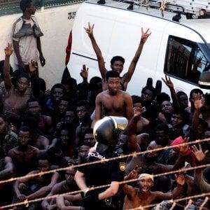 Migranti: parte l'offensiva degli amministratori locali contro la deriva xenofoba e razzista del Governo