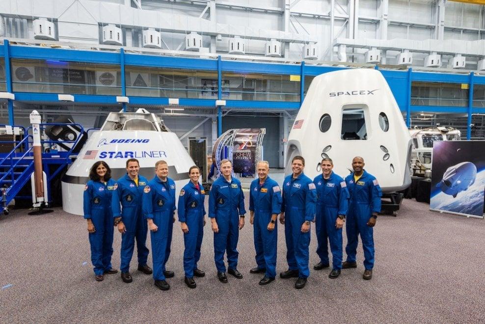 Gli astronauti selezionati dalla Nasa per Boeing e SpaceX