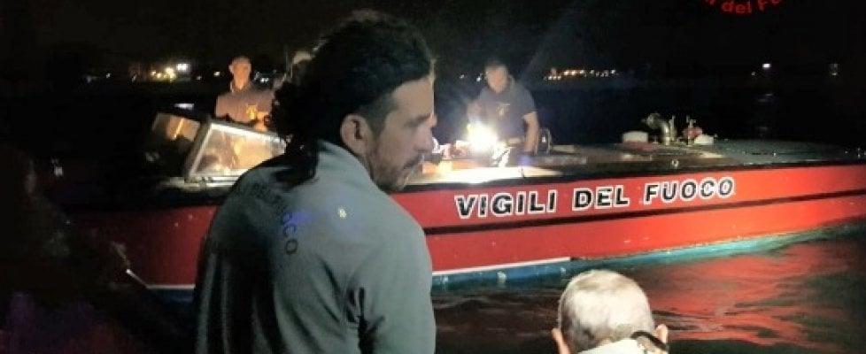 Venezia, nuovo incidente in Laguna. Un'onda anomala rovescia barca, e i morti salgono a tre