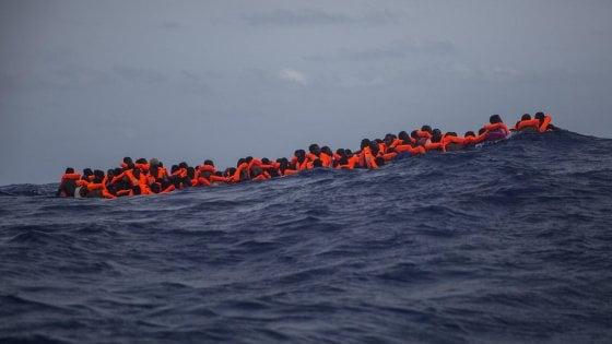 Camera, decreto per motovedette alla Libia è legge: il Pd non partecipa al voto