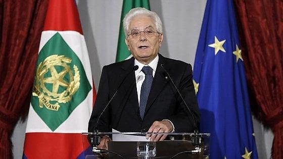Attacco troll a Mattarella, si indaga per attentato alla libertà del capo dello Stato