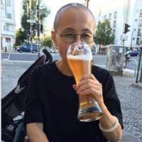 "Una birra e ""Ich bin ein Berliner"". Così la dissidente Liu Xia, moglie del Nobel cinese Liu Xiaobo, riassapora la libertà"