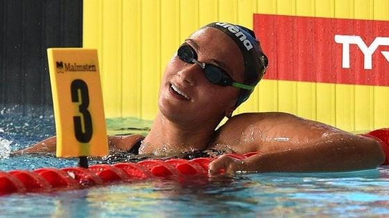 Nuoto, Europei: impresa Quadarella, oro nei 1500 sl. Zofkova bronzo nei 100 dorso
