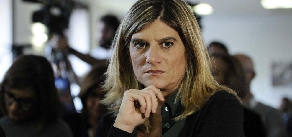 Federica Angeli, una cronista sul set: la sua storia in un film, protagonista Claudia Gerini