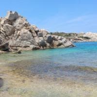 Mare a pagamento: tre euro per accedere alla sarda Cala Spinosa