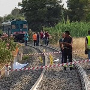 Reggio Calabria: due ragazzi uccisi da un treno, ferita gravemente la mamma