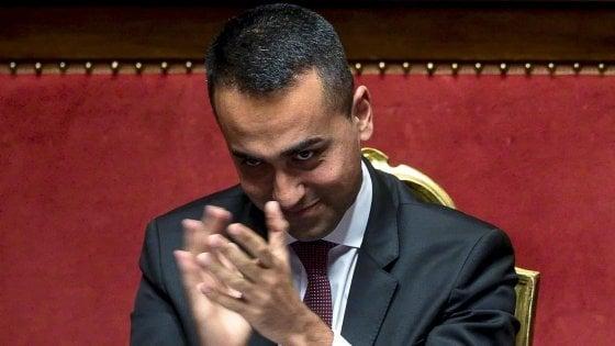 """Di Maio, la frase su Marcinelle scatena critiche e ironie sui social: """"Lui è la prova che è meglio emigrare"""""""