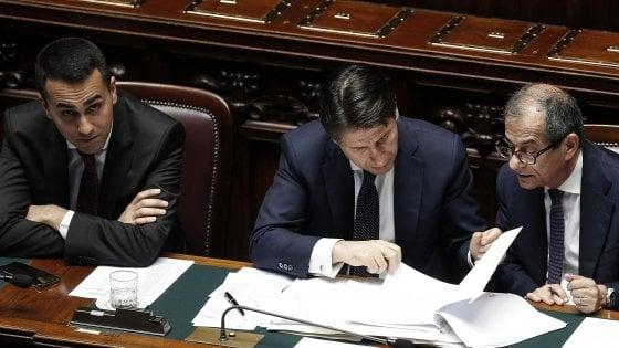 """Manovra, Salvini e Di Maio: """"Gli 80 euro restano e l'Iva non aumenta"""". Il leader M5S: """"Superare i vincoli Ue"""""""