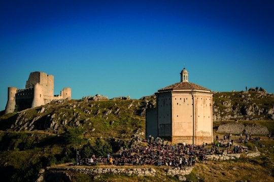 """Cristina Donà, dal vivo tra le mura del castello di 'Ladyhawke': """"È un cerchio che si chiude"""""""