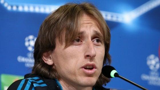 Venerdì l'incontro Modric-Perez, il Real non molla: ''Via solo se qualcuno paga la clausola''