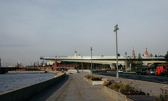Mosca tra passato e futuro: viaggio nella megalopoli che vuole diventare smart