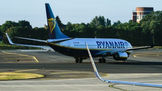 Ryanair, il giorno dello sciopero di piloti più grande: 55mila passeggeri interessati