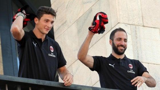 Tra sogni di mercato e debutti in grande stile, Milano sfida Madrid