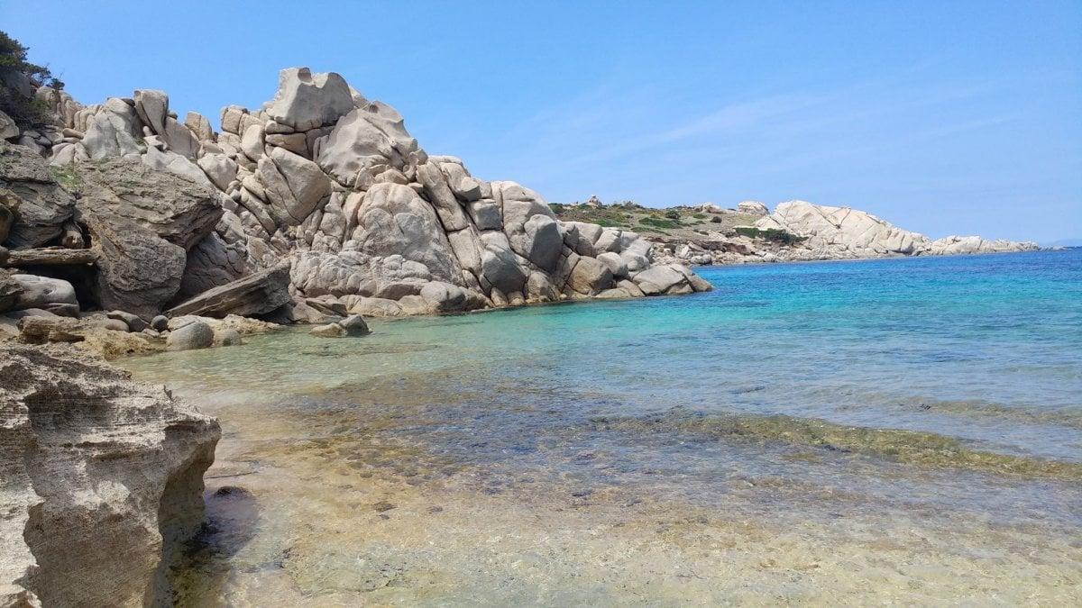 La capitaneria di porto della Maddalena ha aperto un'indagine sul