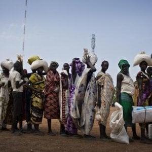 Sudan, Bashir correrà per un terzo mandato mentre il Paese precipita nella crisi