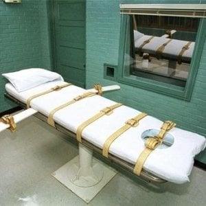 Farmaco tedesco per pena di morte in Nebraska: l'azienda chiede di sospenderla, il giudice dice no