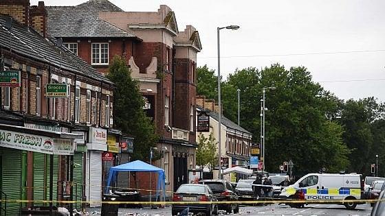 Manchester, sparatoria al termine del festival caraibico: dieci feriti, tra cui due bambini