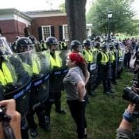 Washington, corteo dell'ultradestra nell'anniversario degli scontri a Charlottesville. Si...
