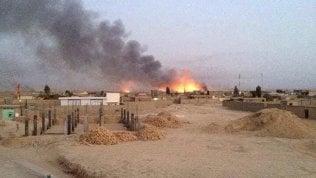 Dramma Ghazni,civili intrappolati a sud di Kabul