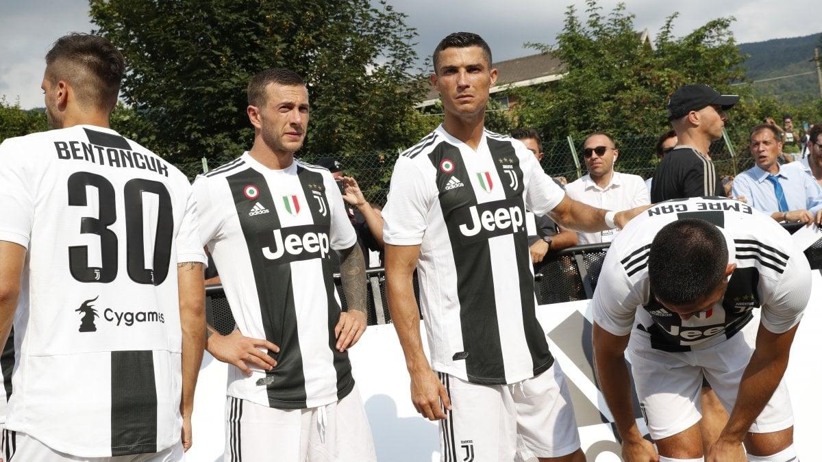 VILLAR PEROSA - La squadra di Cristiano Ronaldo. L'amichevole di