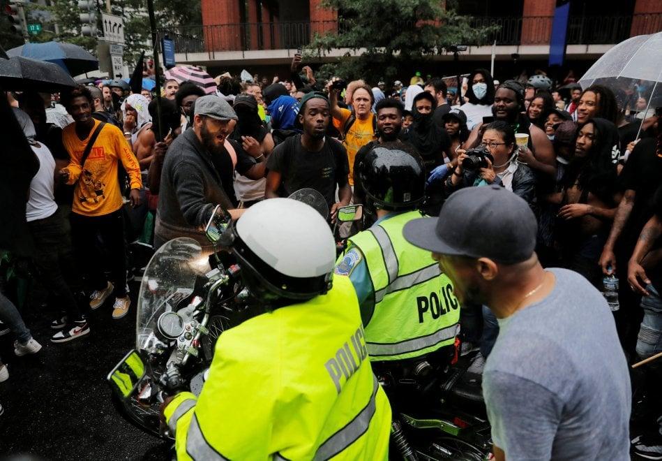 Usa, suprematisti in piazza un anno dopo Charlottesville, ma vince la protesta antirazzista